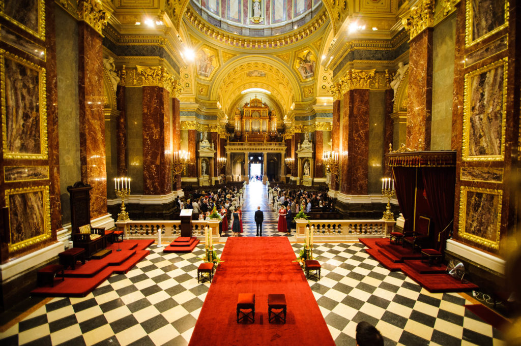 Wedding in St.Stephen's Basilica Budapest